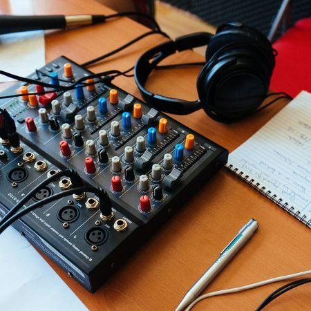 5 podcasts inspirants ou engagés à découvrir