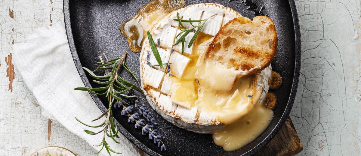 Recette réconfortante : le camembert rôti au four