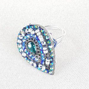 bague commerce équitable seconde main vintage tendance bleu upcycling recyclé perles pailettes