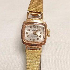montre or dorée vintage seconde main chic élégant cadran bracelet fin carré qwartz originial