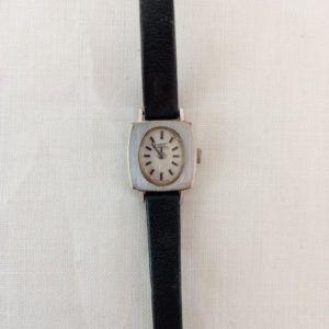 montre or dorée vintage seconde main chic élégant cadran bracelet fin noir rectangle original