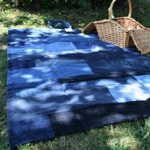 nappe pique-nique upcyclé matières recyclées solidaire éthique responsable bleu jean original