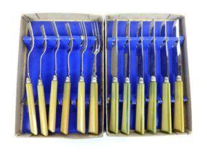 vaisselle vintage couteaux fourchettes entremets fromage vintage